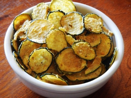 Oven Baked Zucchini Chips | twenty4tolife